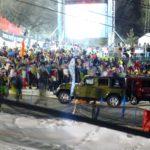 Crowds swarm the Jeep static displays